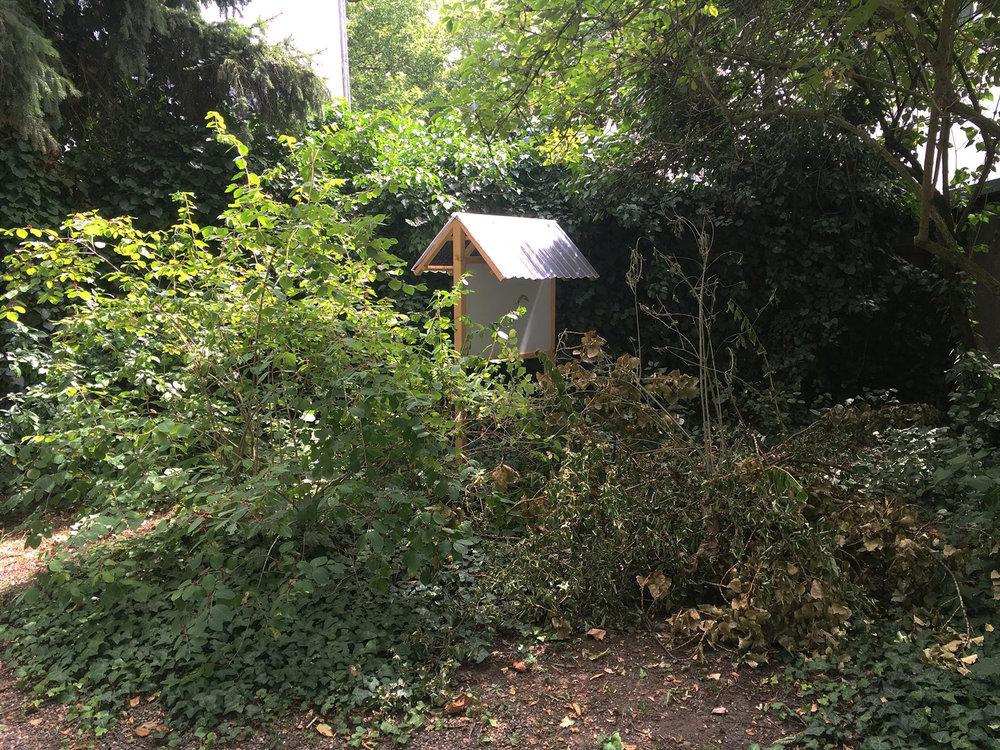 'trap', at Städelschule garden in spring 2018