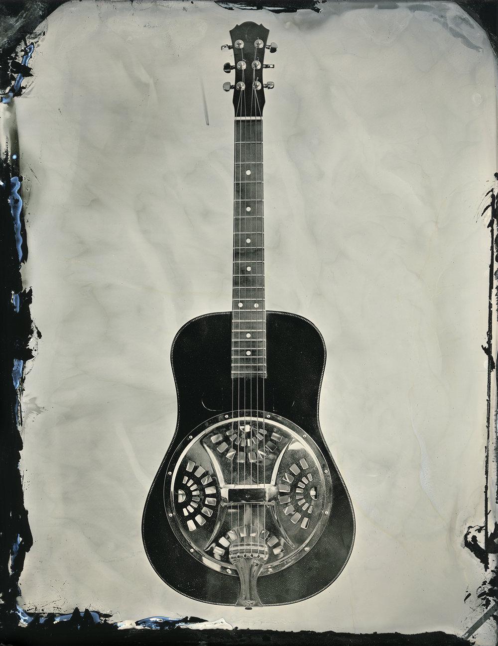 guitar_steel_16x20_sec.jpg