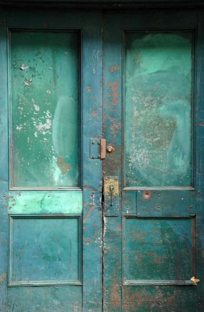 Door-low