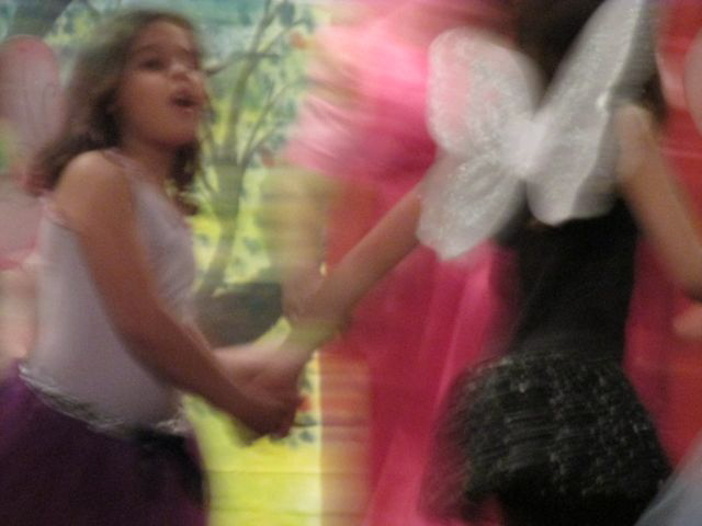 Fairy Dnc blur 2.jpg