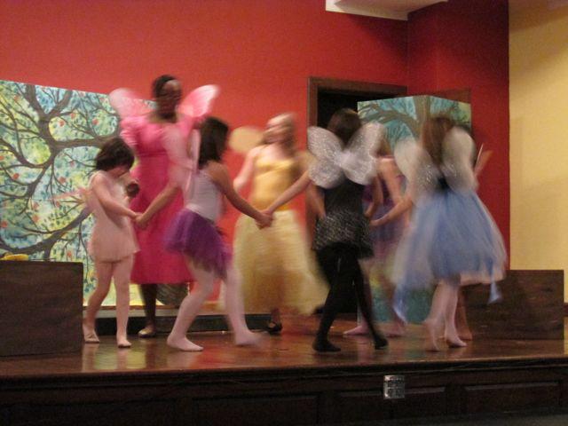 Fairy Dnc blur.jpg
