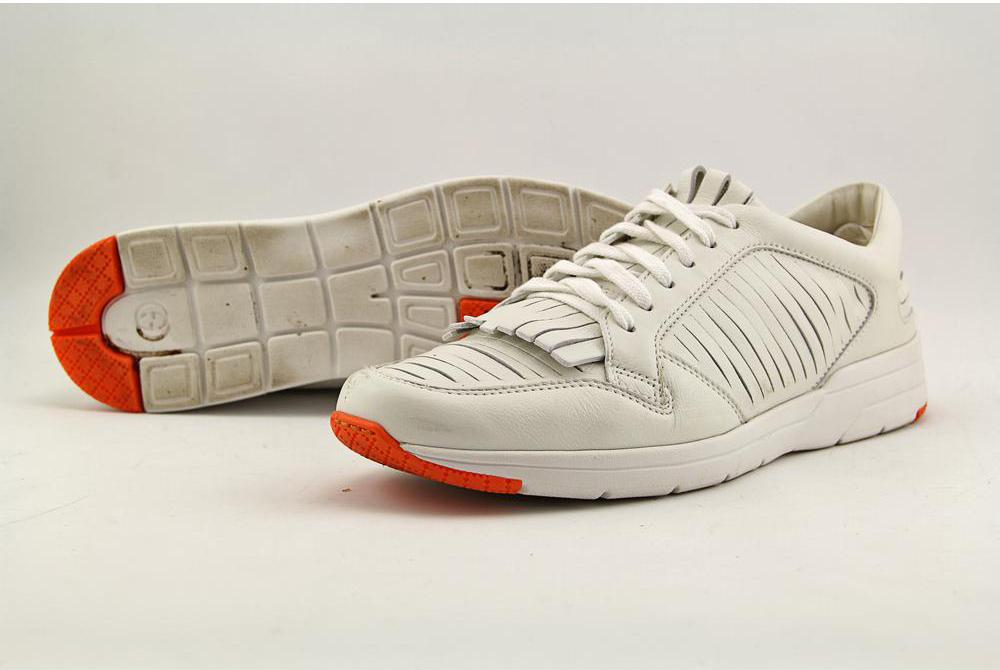 SneakersOriginal.jpg