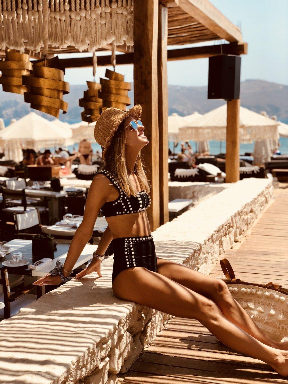 Fashion Ambitionist Mykonos Travel Guide