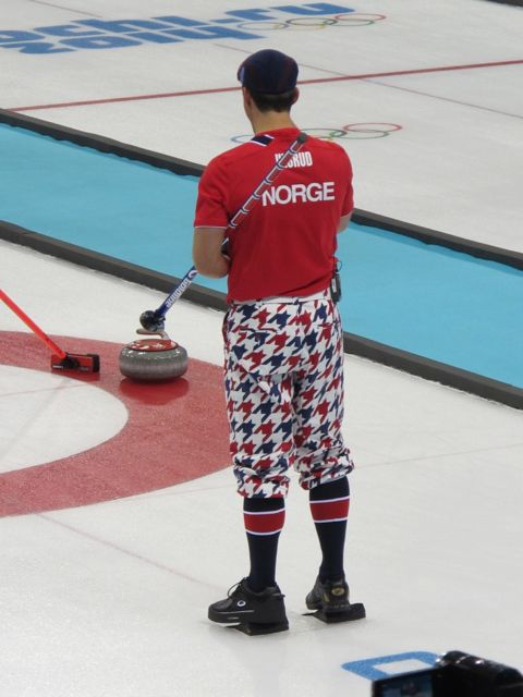 Any of you remember the late golfer Payne Stewart and the way he dressed? His spirit is alive and well on the Norwegian curling team.