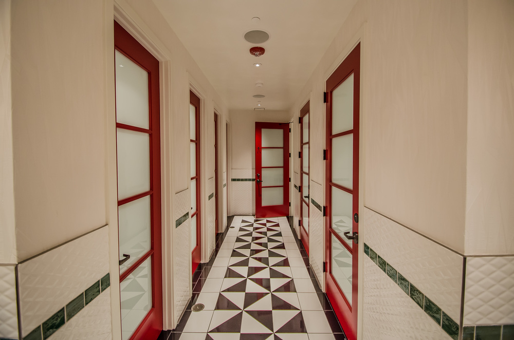 Interior Design Restaurant Bathrooms at Cadence