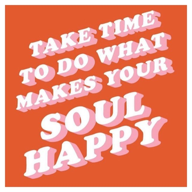 A little #mondaymotivation Thanks for the reminder @eraterman. A few things that make my soul happy: #themuppets afternoon #naps and #wine What about you?