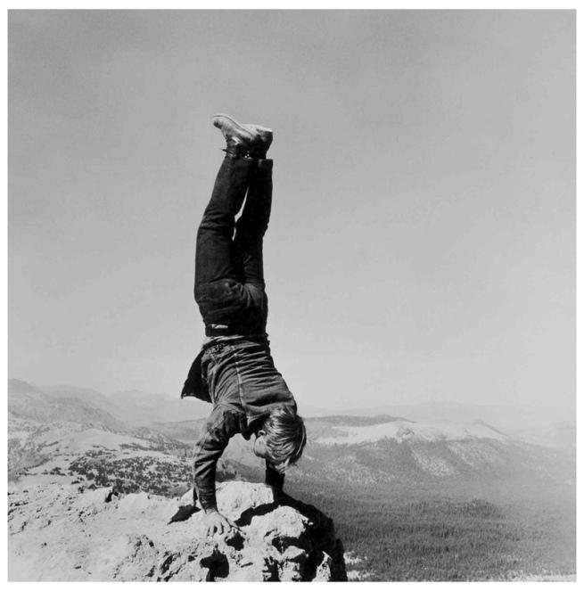 jesuisperdu: from the series 8 natural handstands robert kinmont
