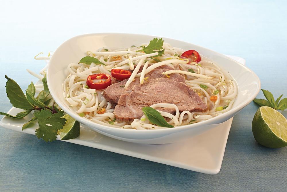 Vietnamese_Beef_Pho.jpg