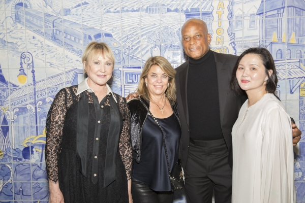 In Concert with Caminar Co-Chair and Caminar Board Member Linda Leao, Caminar Board Member and Maestro Sponsor Carole Middleton, Special Host Ronnie Lott, and In Concert with Caminar Co-Chair and Caminar Board Member Tze Pin Tai