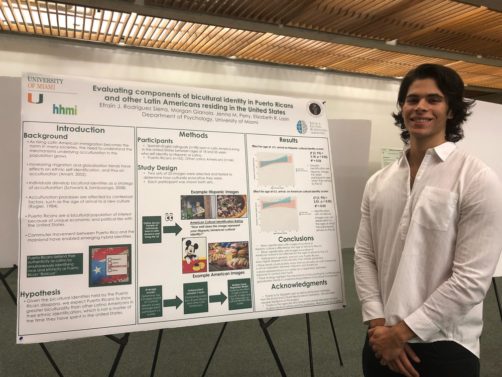 Efrain Rodriguez Sierra  presents his research poster.
