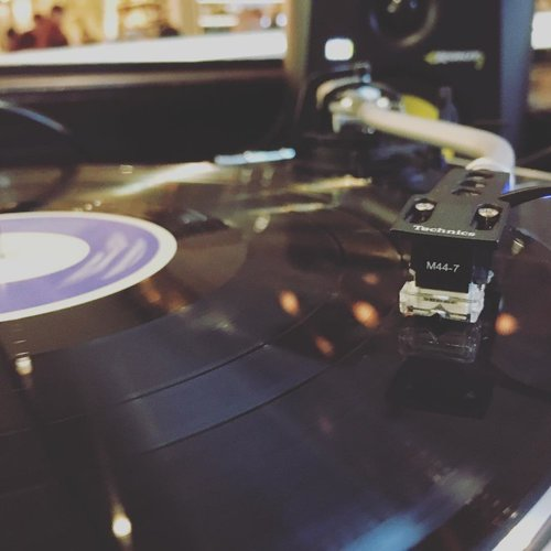 turntable-and-record.jpg