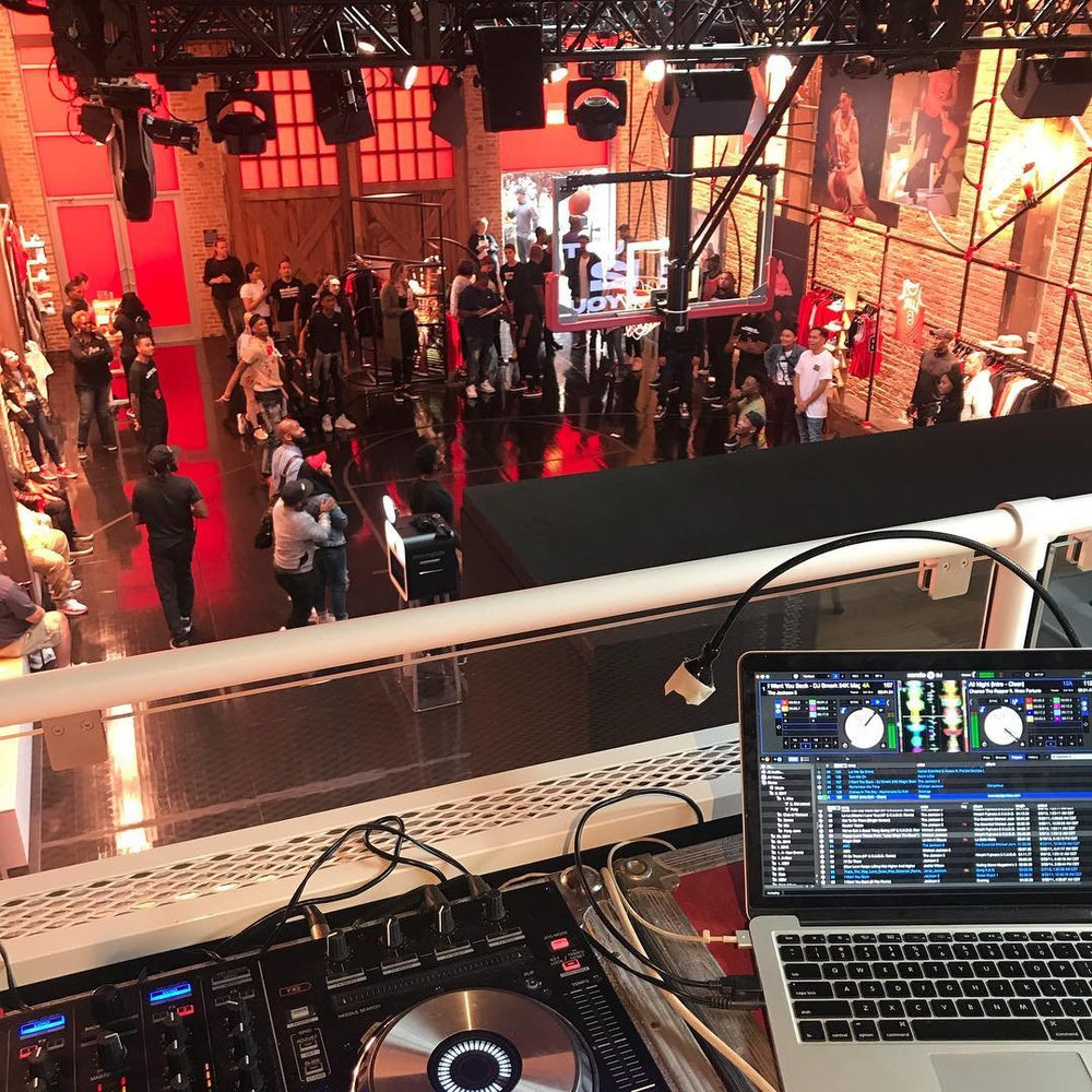 chicago deejay with event experience