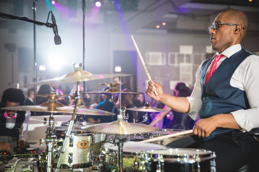 Deejay + Drummer -