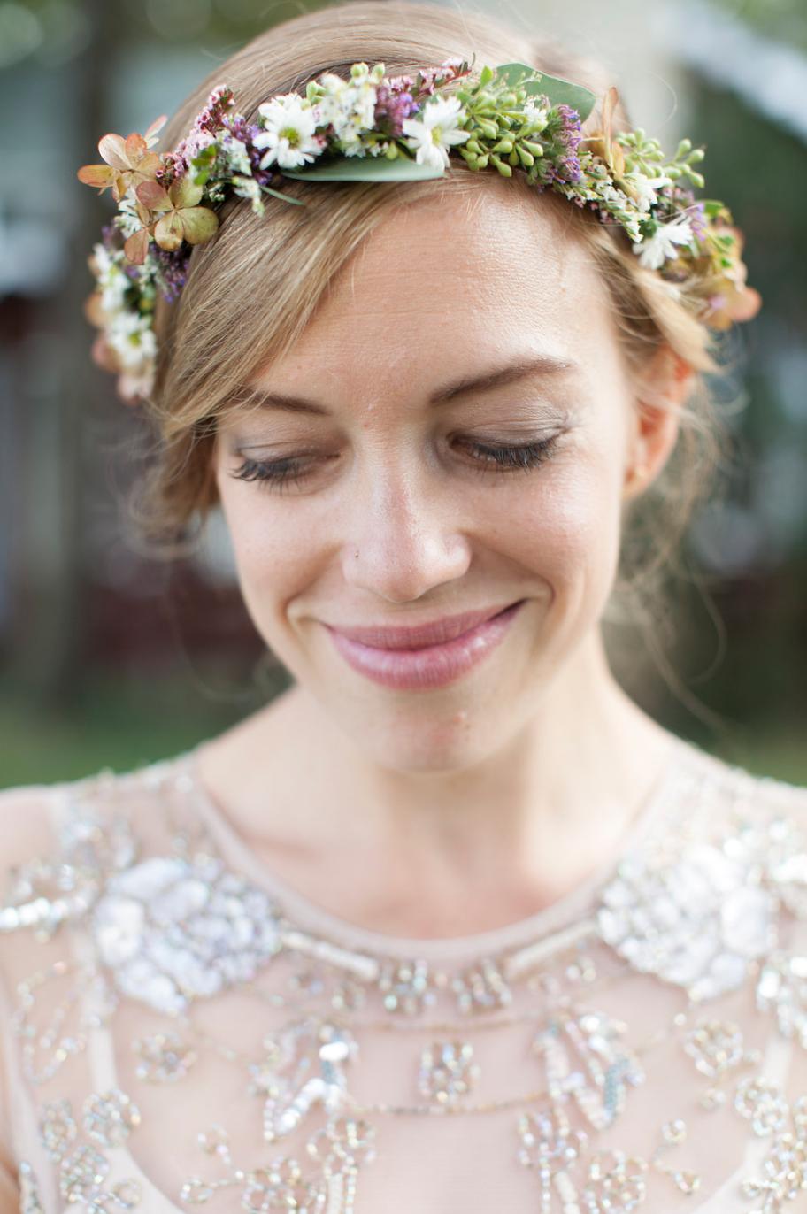 bridewithfloralcrown