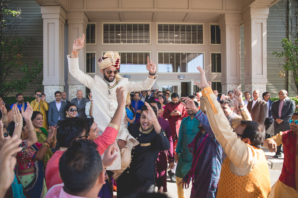baraat-in-front-of-hotel.jpg
