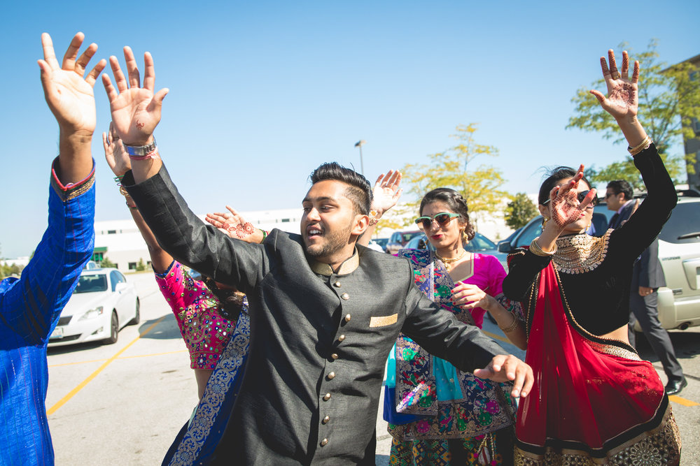 cousins-dancing-at-baraat.jpg