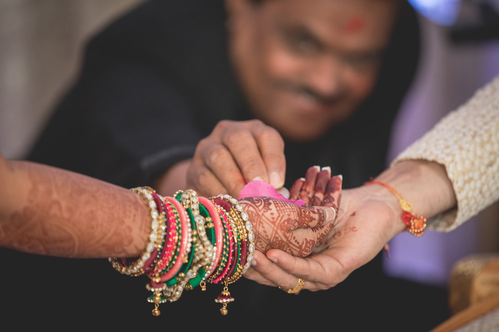 hands-at-hindu-ceremony.jpg