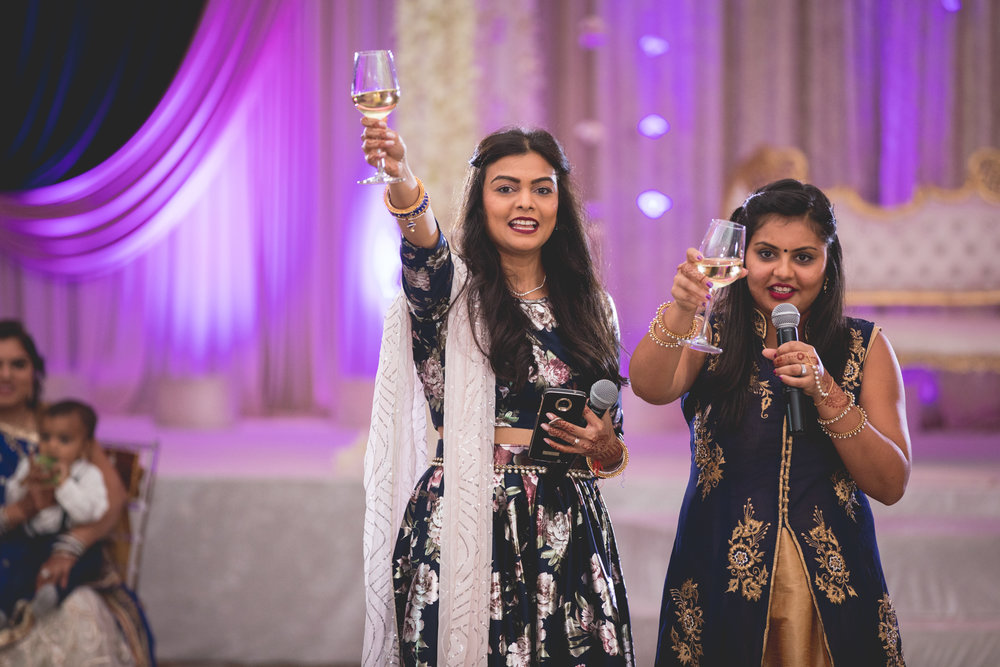 sisters-toasting-to-the-bride.jpg