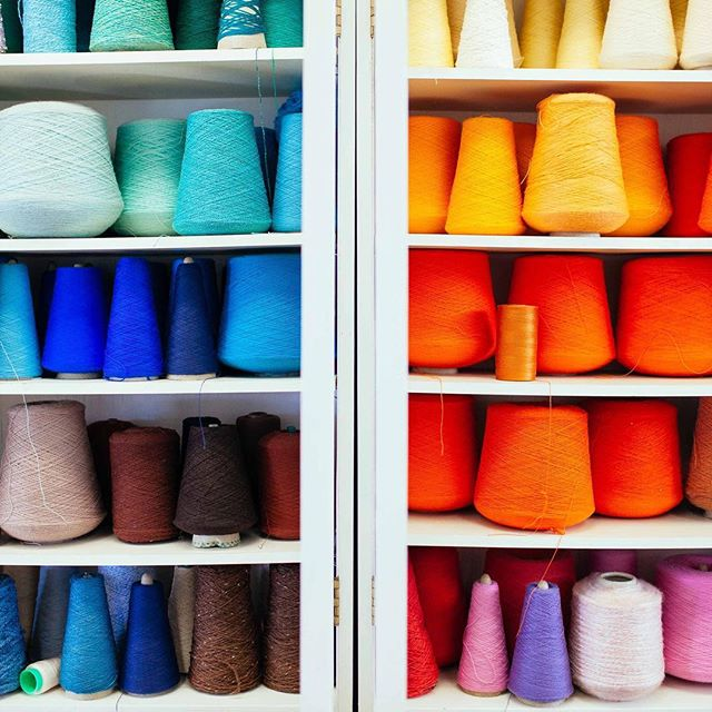 Colours on #colours in the #fibre department at @acadexperience. . . . #fromthearchives #nothingisordinary #still_life_gallery #flatlay #tv_colors #stilllife #todays_simplicity #tv_living #cupsinframe #onmytable #tablesituation #seekthesimplicity #loves_vscolifestyle #lifeandthyme #liveforthemoment #handsinframe #storyofmytable #captureyyc #calgaryisbeautiful #yycphotographer #calgaryphotographer