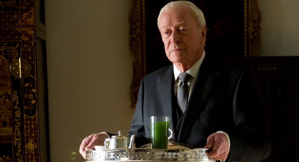 michael_caine_as_alfred_2.jpg