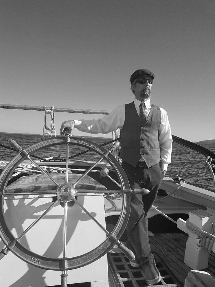 Capt. lANCE mEADOWS