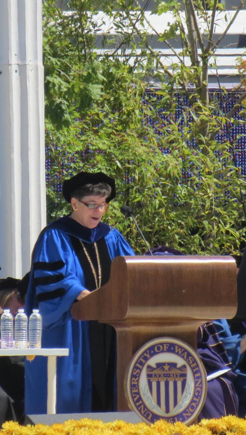 كلمة مديرة جامعة واشنطن المكلفة لعام ٢٠١٥