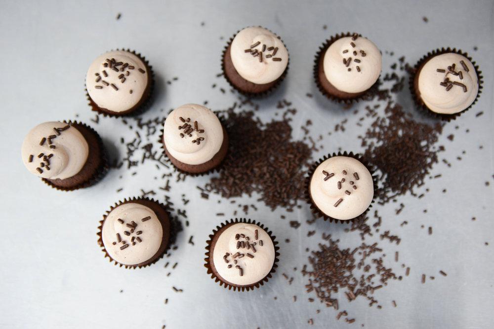 NOIR | CHOCOLATE CAKE + CHOCOLATE BUTTERCREAM