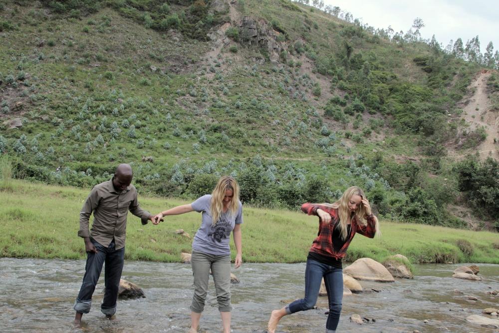 16 trio river