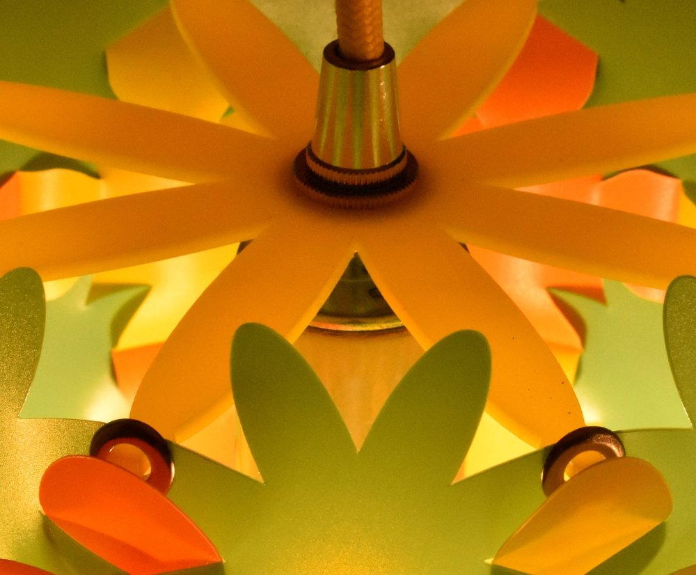 flower lamp green top.jpg