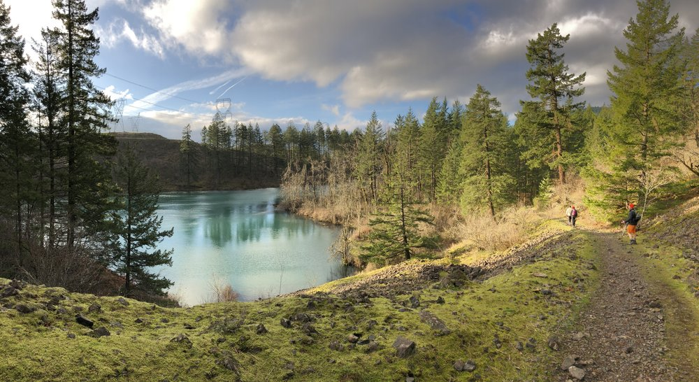 Gillette Lake from the Pacific Crest Trail.
