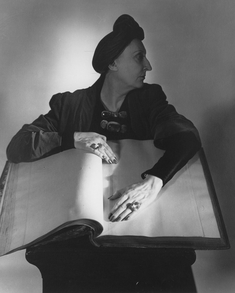 Horst P. Horst.  Dame Edith Sitwell , 1948