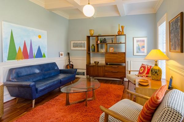 Bright colorful room.jpg