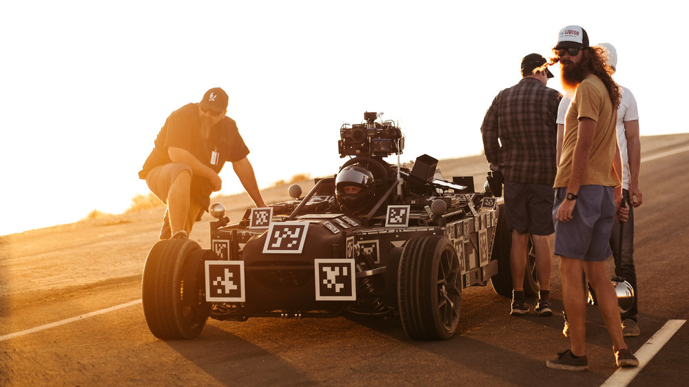 Blackbird-behind-the-scenes
