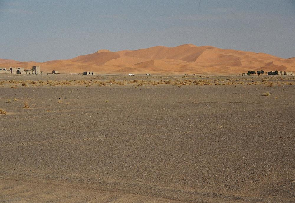 Erg Chebbi from a distance (my photo)