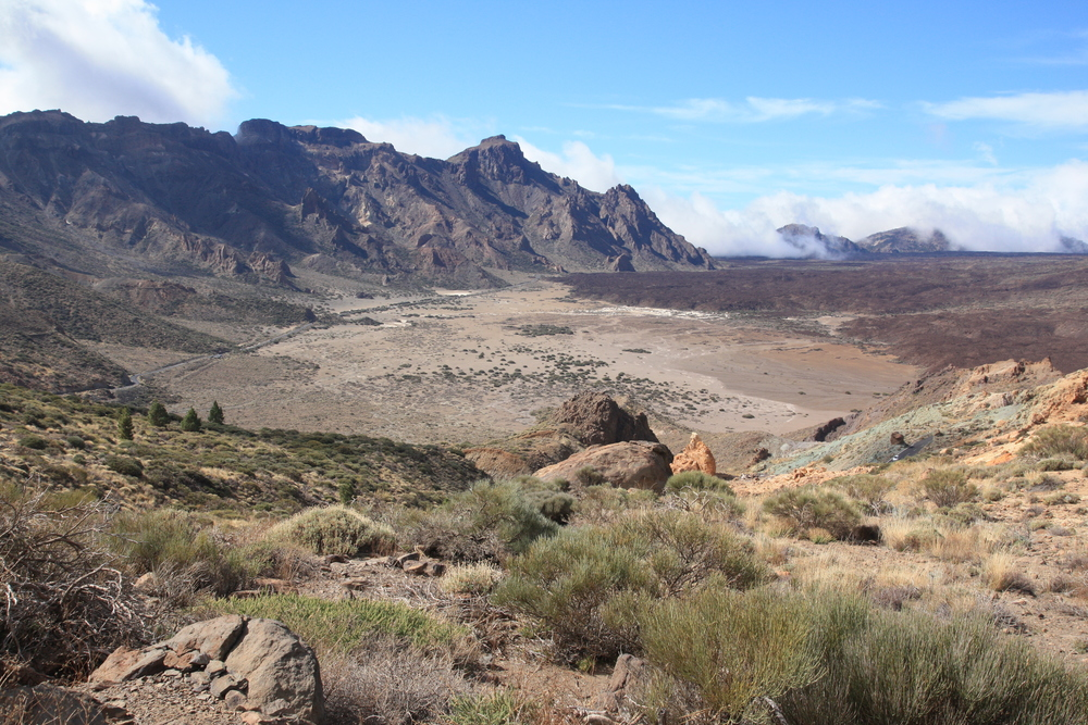 The caldera, looking toward the southwest (my photo)