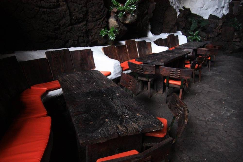 Los Jameos de Agua, lava tube cafe terraces (my photo)