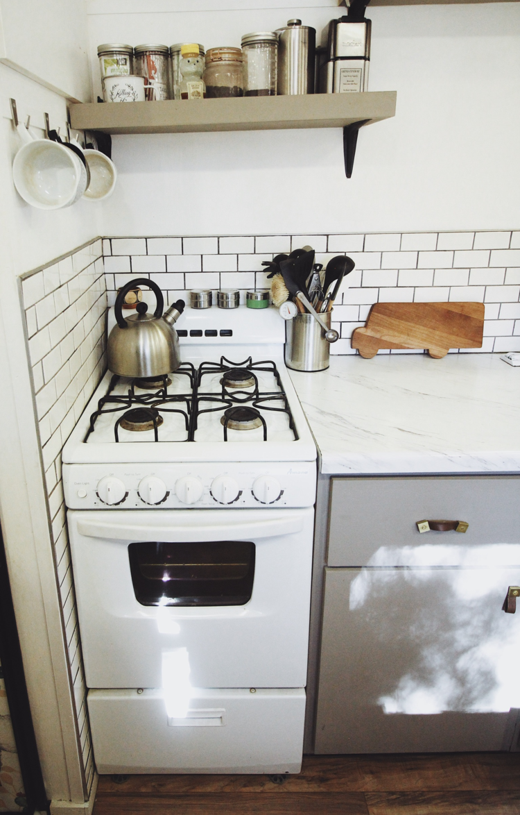My must have appliances in my tiny kitchen — Nomadic Millers