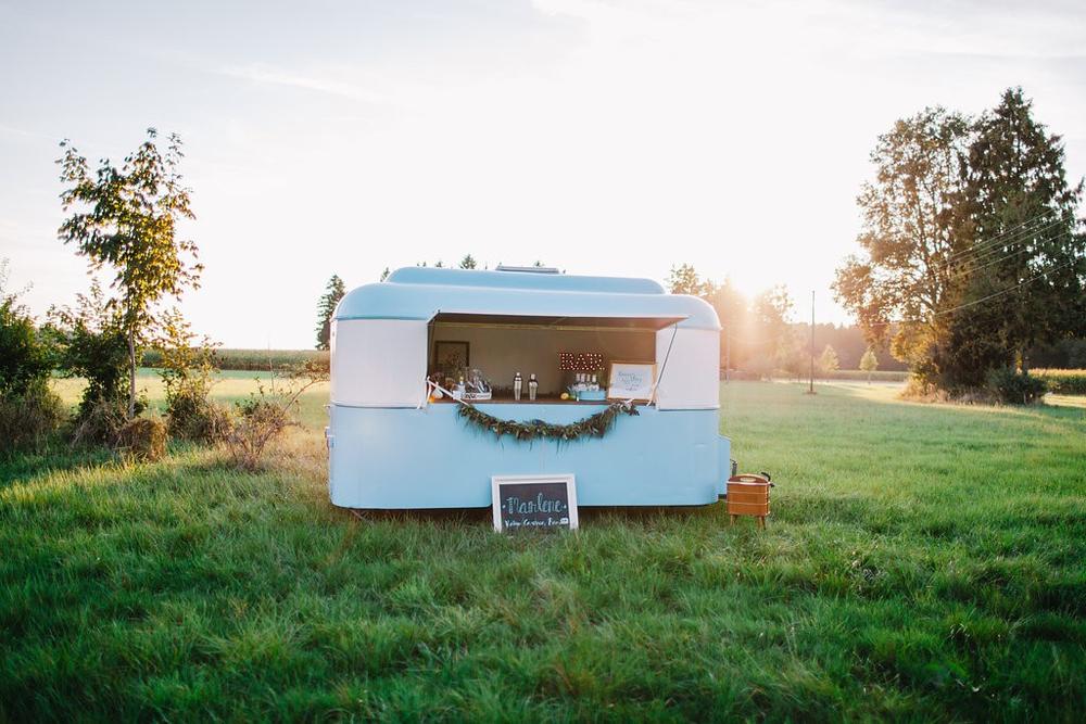 hochzeits karavan bar