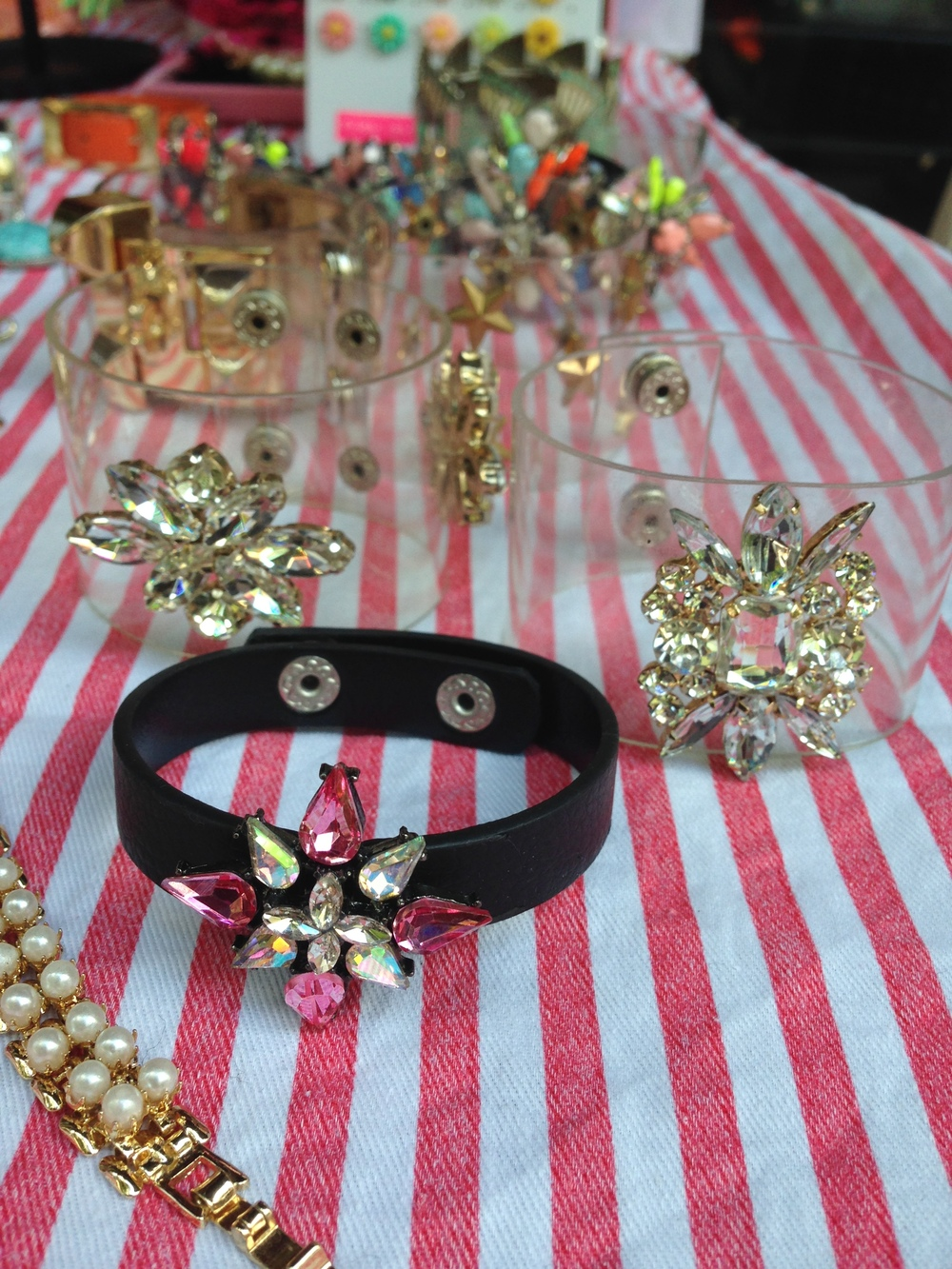 Beedis Bracelet - Black/Pink