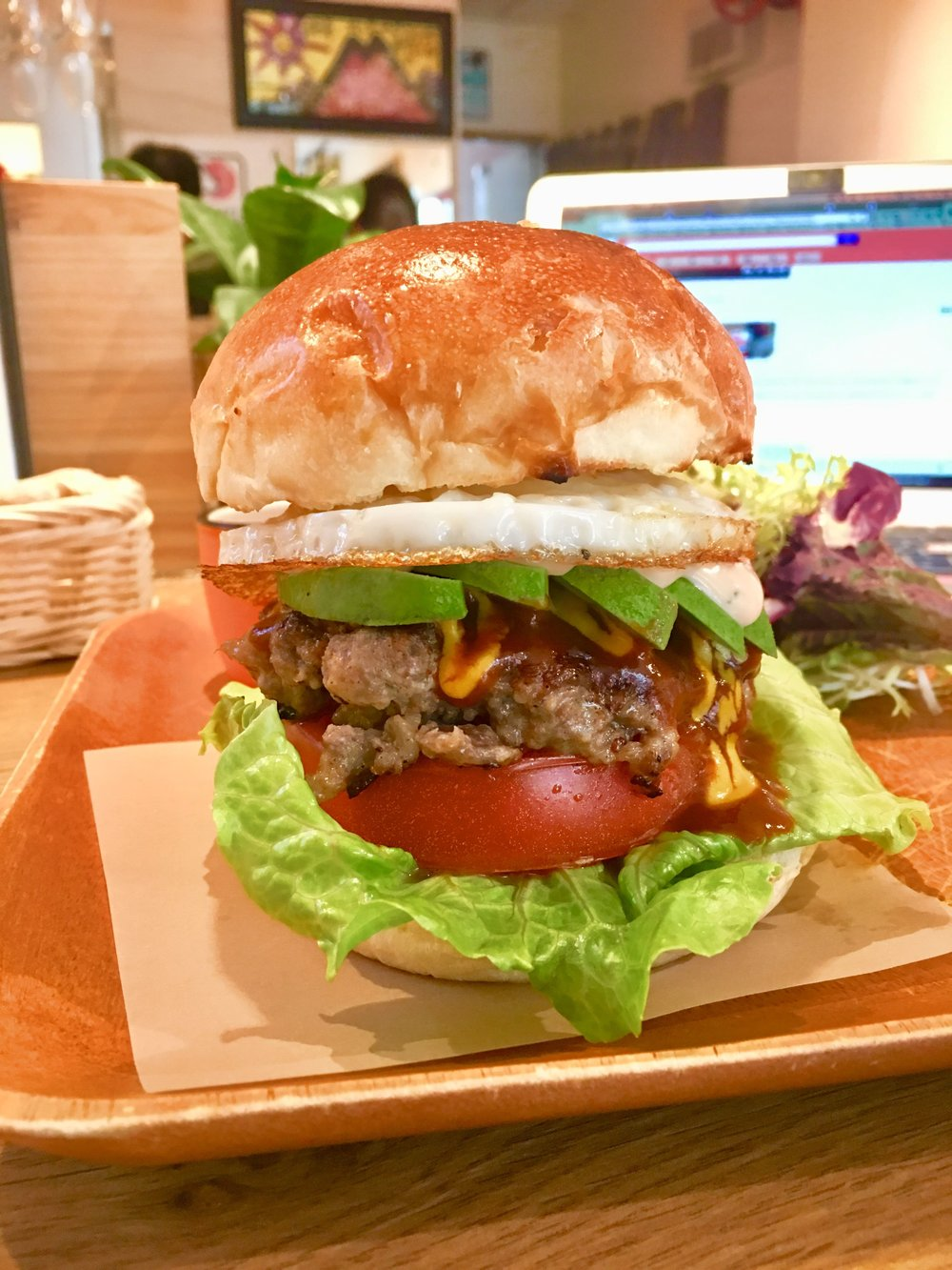 HK Burger at 5019 PREMIUM FACTORY