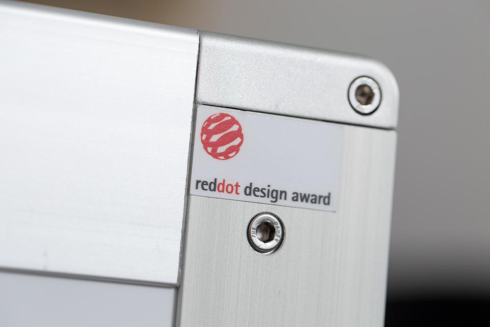 bordbar Winner red dot design Award