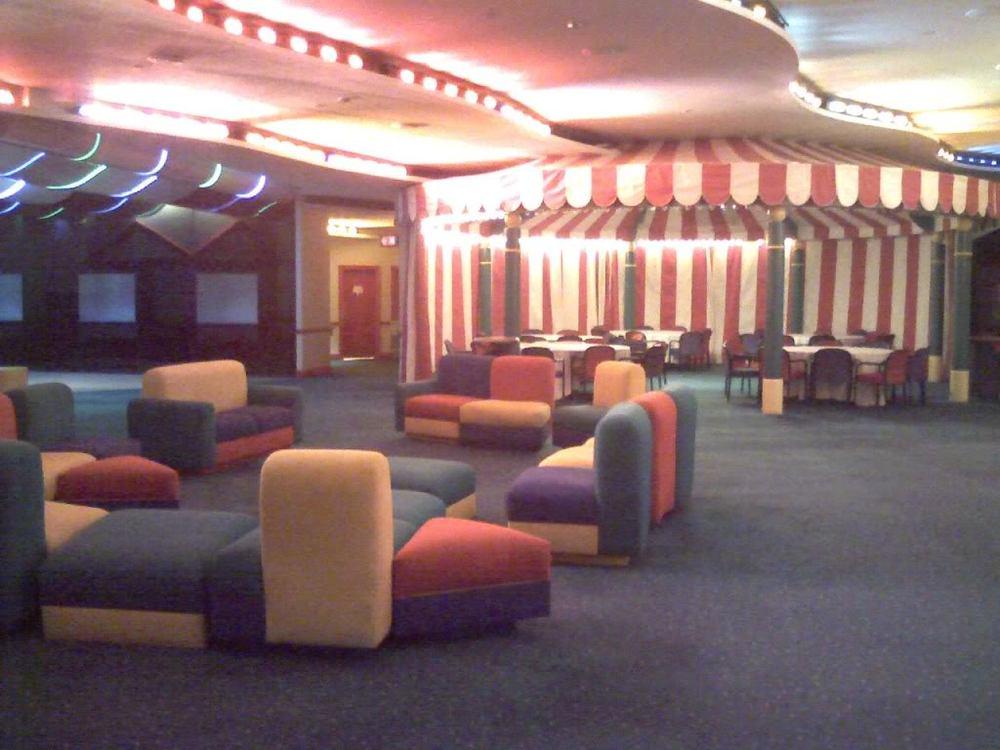 Future World\'s Hidden VIP Lounges — Rob Yeo Design