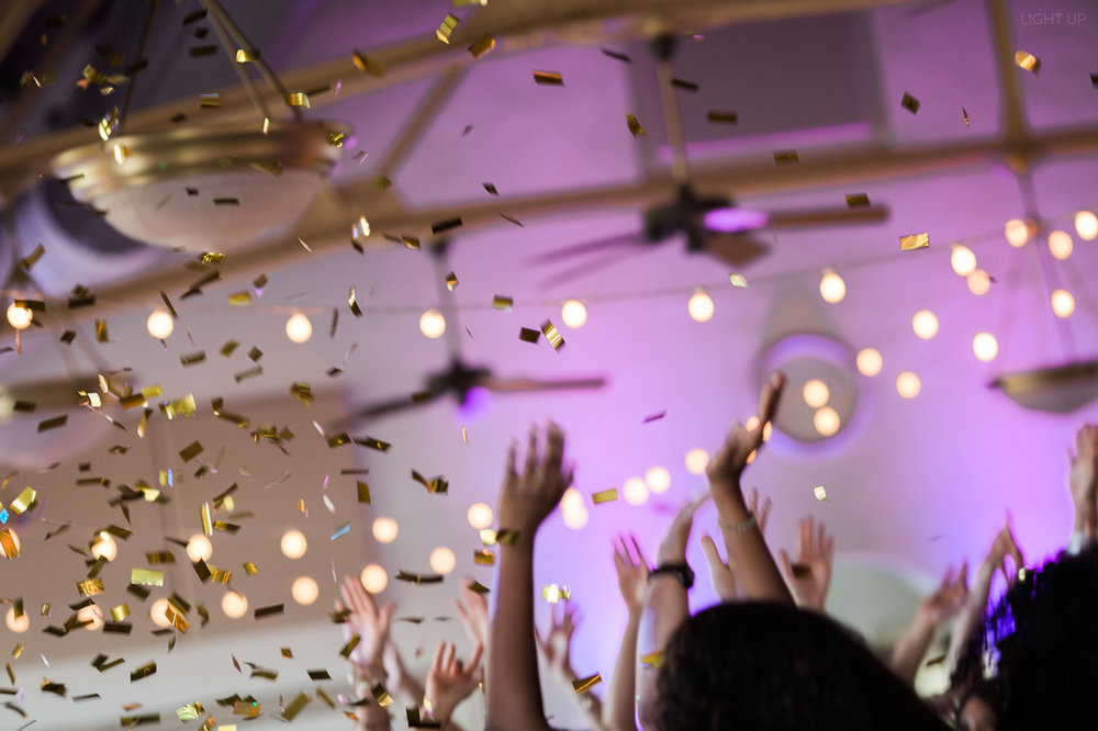wedding confetti-2.jpg