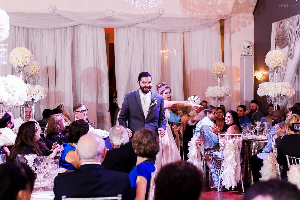 Orlando-wedding-crystal-ballroom-veranda-park-73.jpg