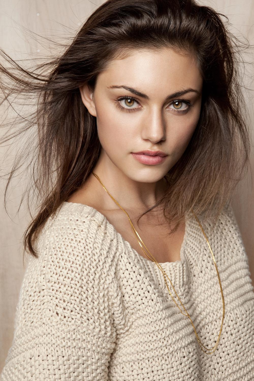 Phoebe Tonkin Ellis Parrinder2.jpg