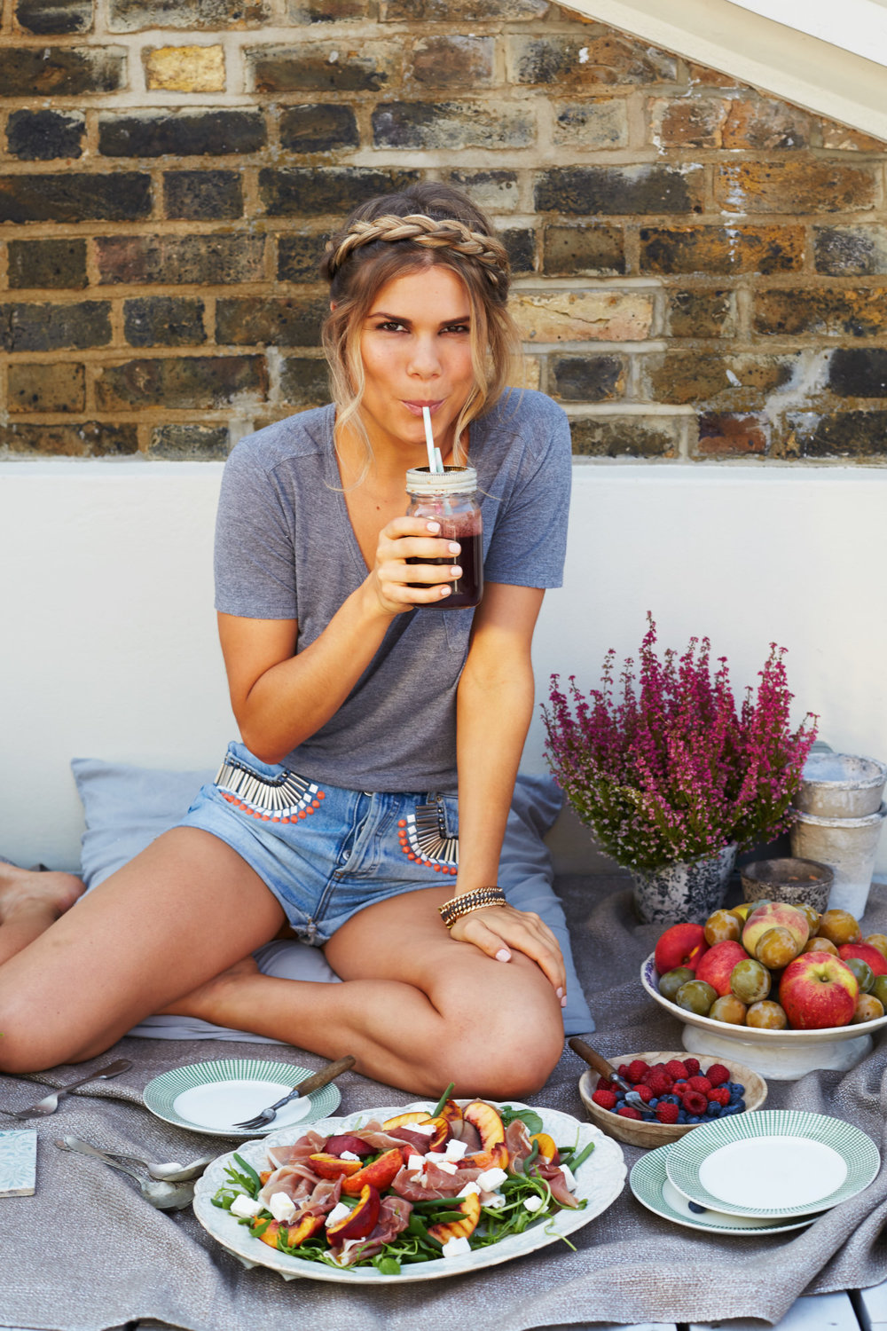 ORION BOOKS Madeleine Shaw 'Get The Glow'
