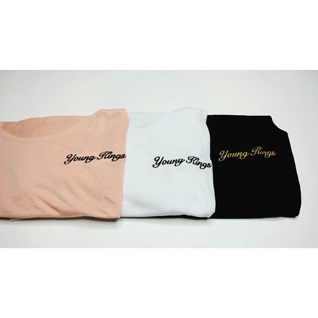 YK | young-kings.com - - -  #fashion #style #mensfashion #womensfashion #fitted #smart #grey #fitfam #nice #simple #casual #vest #summer #brand #branding #logo #gym #casual #model #photoshoot #white #black #peach #highstreetfashion #urban #