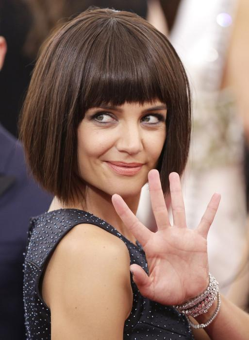 Katie-Holmes-shocks-with-blunt-bob-at-2015-Met-Gala.jpg
