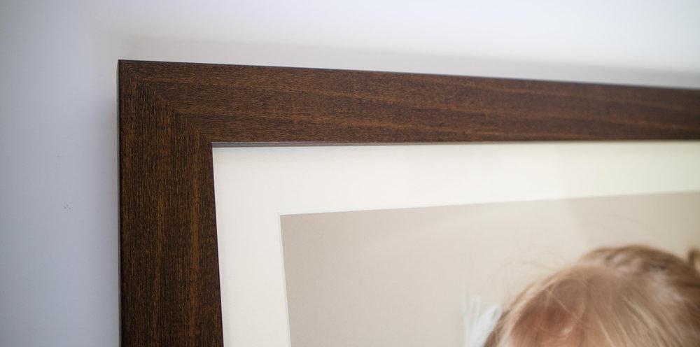 catherine-tuckwell-photography-mahogany-closeup