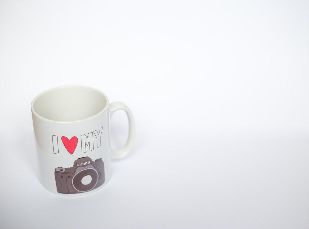 Stock_Heart_Camera_Mug_4565.jpg